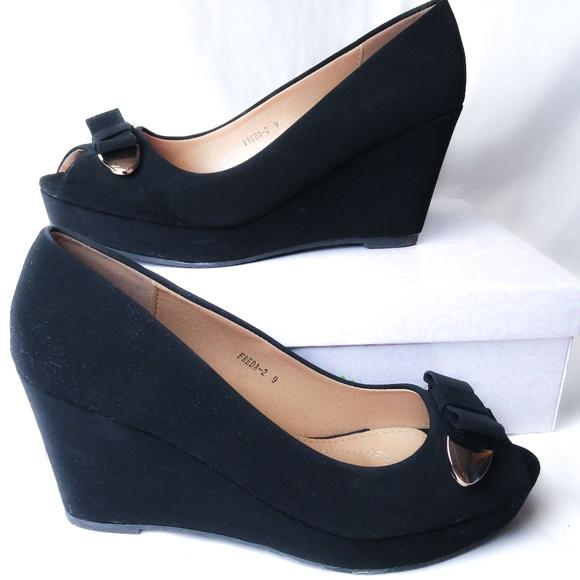 black velvet wedge heels